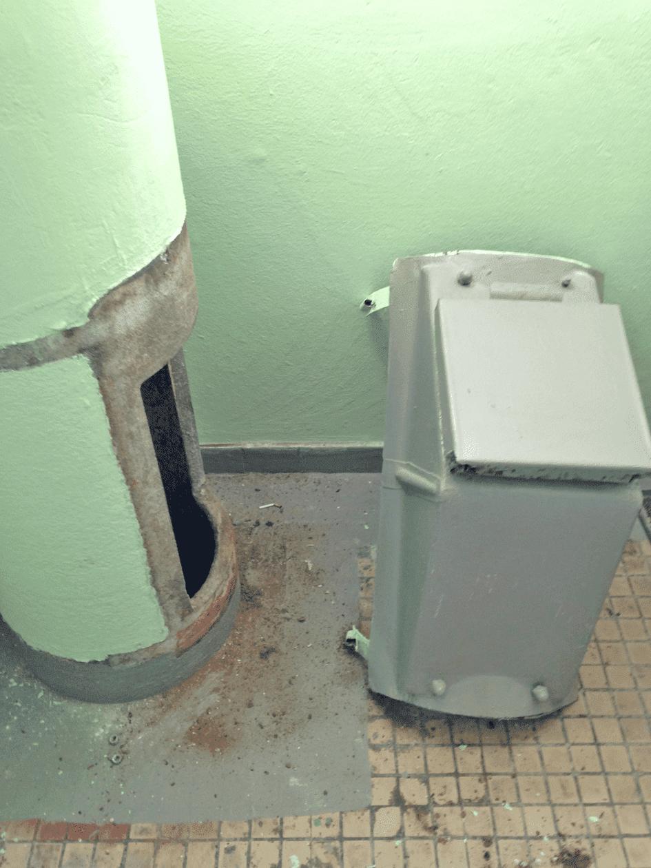 Пример использования Клапан мусоропровода загрузочный КМ-420ММ